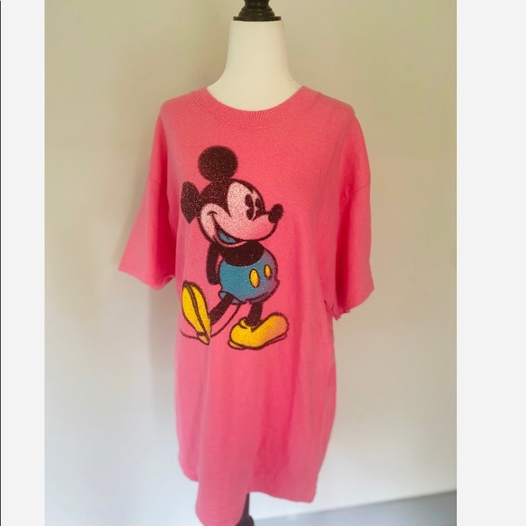 NWT Mickey Mouse T-Shirt Pink Women's Disney World